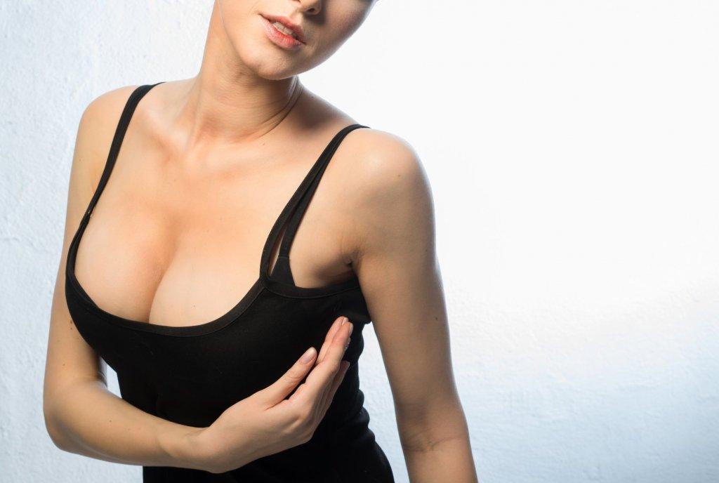 Większe piersi, lepszy seks opowiadania erotyczne biust